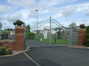 Willow Park Homes Electric Gates